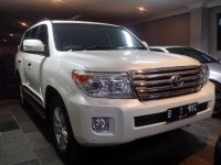 Toyota: Land Cruiser 4.5l V8 2013 low km 1600