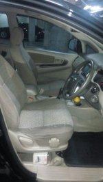 Toyota: 2012 Innova 2.0 G AT MPV (Innova-4.jpg)