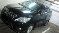 Toyota: 2012 Innova 2.0 G AT MPV (Innova-3.jpg)