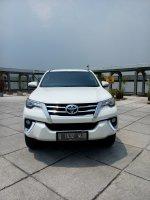 Jual Toyota fortuner vrz lux diesel matic 2016 putih km 9 rb