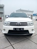 Jual Toyota fortuner trd sportivo G diesel matic 2011 putih