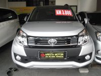 Toyota: New Rush G'15 MT Silver Km3.800 asli