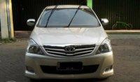 Toyota Innova: Jual Cepat Mobil Inova 2009