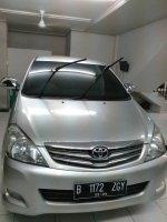 Jual Toyota kijang innova 2.0 V AT