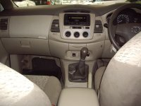 Toyota Kijang Innova E bensin Mt (IMGP3814.JPG)