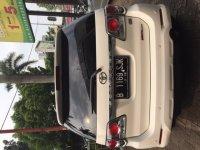 Fortuner: Toyota Fourtuner G VNTurbo Diesel Matic (image3.JPG)