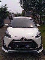 Dijual Over Kredit Toyota Sienta Q 2017 BU