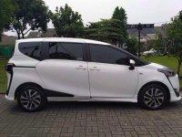 Dijual Over Kredit Toyota Sienta Q 2017 BU (A.jpg.jpeg)