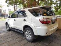 Toyota Fortuner G Lux 2010 (20170601_094811-2016x1512.jpg)