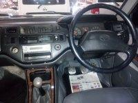 Toyota: Kijang Krista 1.8 Tahun 1999 / 2000 (in depan.jpg)