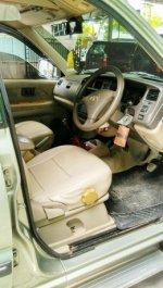 Toyota Kijang LGX 1.8EFI 2002 Mulus Full ORIGINAL (287276608_1_644x461_5.jpg)