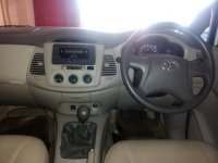 Toyota: Kijang Grand Innova Manual Tahun 2013 (in depan.jpg)