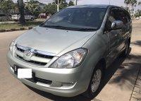 Dijual Toyota Kijang Innova 2.0 V 2005 A/T, Mulus, Tangan Pertama (Tampak depan_2.jpg)