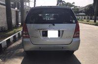 Dijual Toyota Kijang Innova 2.0 V 2005 A/T, Mulus, Tangan Pertama (Tampak belakang_1.jpg)