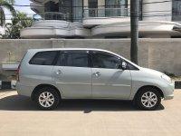 Dijual Toyota Kijang Innova 2.0 V 2005 A/T, Mulus, Tangan Pertama (Tampak Samping.jpg)