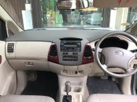 Dijual Toyota Kijang Innova 2.0 V 2005 A/T, Mulus, Tangan Pertama (Interior 1.jpg)