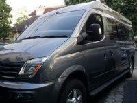 Toyota Hiace: Maxus V80 Passanger Van (image.jpeg)