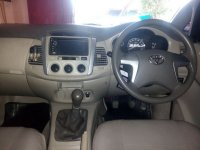 Toyota: Kijang Grand Innova G Manual Tahun 2011 (in depan.jpg)