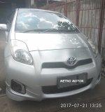 Toyota: Dijual Mobil T. Yaris E