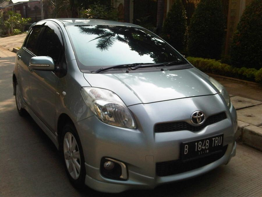 Toyota Yaris E 1.5cc Manual Th.2013 - MobilBekas.com
