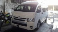 Ready toyota hiace commuter (FB_IMG_1501824794536.jpg)