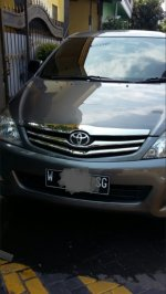 Toyota: Jual INNOVA type J manual tahun 2009 akhir