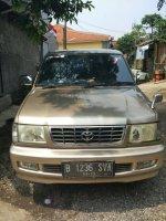 Toyota: dijual mobil kijang kapsul lgx thn 2000 kondisi terawat dan ac dingin (IMG_1153.JPG)
