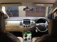 Toyota: Mobil dijual Innova Type G A/T Tahun 2014