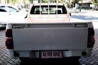 Toyota Hilux pik up diesel (wae332[1].jpg)