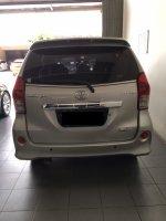 Toyota Avanza Veloz 1.5 G AT 2013 (S__44269671.jpg)