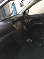 Toyota Avanza Veloz 1.5 G AT 2013 (S__44269670.jpg)