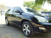Toyota: New Harrier 3.0 AIRS V6 4WD powerback door full option (th3.jpg)