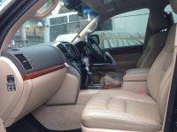 TOYOTA LAND CRUISER V8 2012 FULL SPEC (interior mobil2.jpg)