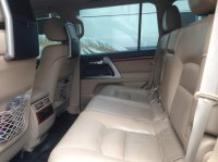 TOYOTA LAND CRUISER V8 2012 FULL SPEC (interior mobil1.jpg)