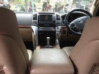TOYOTA LAND CRUISER V8 2012 FULL SPEC (interior mobil3.jpg)