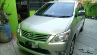 Toyota Kijang Innova Tahun 2013 tipe G Manual (PhotoGrid_1504348730939.jpg)