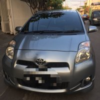 Jual Toyota: Yaris Tipe S 2012 Matic Km 48.xxx Body malus Warna Silver.