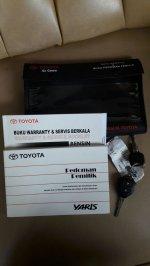 Toyota Yaris E 2013 black MT (7.jpg)