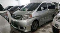 Toyota: jual alphard 2005 . silver