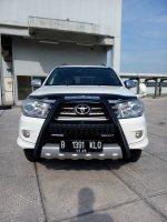 Jual Toyota fortuner diesel trd sportivo matic 2011 putih low km
