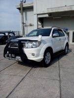 Toyota fortuner diesel trd sportivo matic 2011 putih low km (IMG20170917153245.jpg)