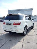Toyota fortuner diesel trd sportivo matic 2011 putih low km (IMG20170917153310.jpg)