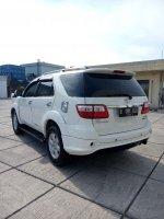 Toyota fortuner diesel trd sportivo matic 2011 putih low km (IMG20170917153325.jpg)
