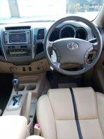 Toyota fortuner diesel trd sportivo matic 2011 putih low km (IMG20170917153341.jpg)
