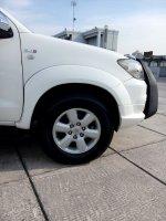 Toyota fortuner diesel trd sportivo matic 2011 putih low km (IMG20170917153403.jpg)
