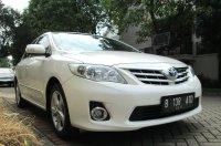 TOYOTA ALTIS G AT Facelift 2011/2010 Putih Tgn 1 Pribadi (Depan Kanan.jpg)
