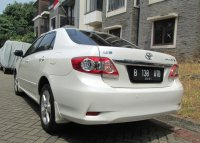 TOYOTA ALTIS G AT Facelift 2011/2010 Putih Tgn 1 Pribadi (Belakang Kiri.jpg)