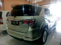 Toyota: Grand New Fortuner G Diesel Tahun 2012 (belakang.jpg)