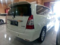 Toyota: Kijang Grand New Innova V Manual Tahun 2011 (belakang.jpg)