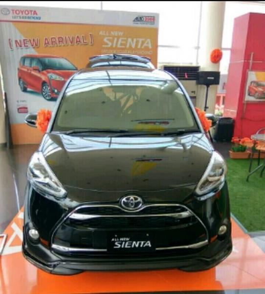 sienta promo toyota yaris all type the best price for deal in jakarta. Black Bedroom Furniture Sets. Home Design Ideas